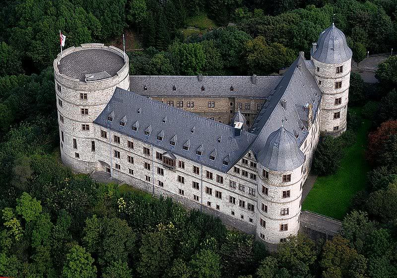 Castillo de Wewelsburg 100429_2140_heprod_images_foto_5_32_1_2_20100430_000177984654