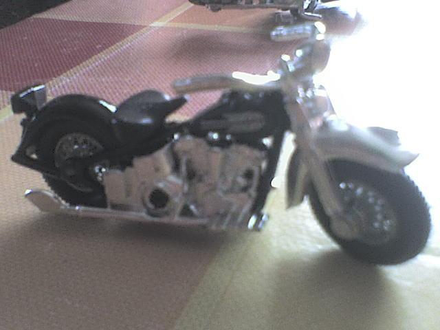 [ESTRENO] Harley-Davidson en Hotwheels 2012 DSC00034-1
