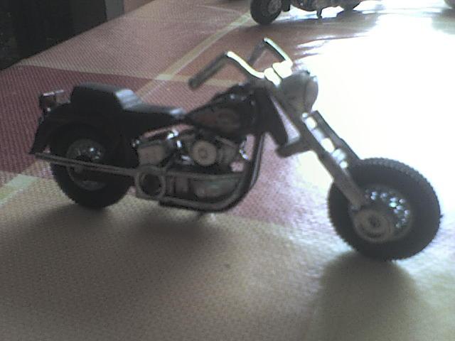 [ESTRENO] Harley-Davidson en Hotwheels 2012 DSC00035