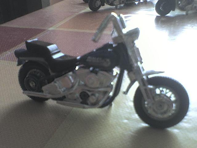 [ESTRENO] Harley-Davidson en Hotwheels 2012 DSC00037-1