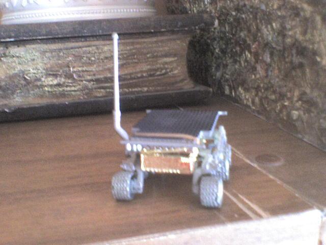 Mars Rover Curiosity HWSojourner19972