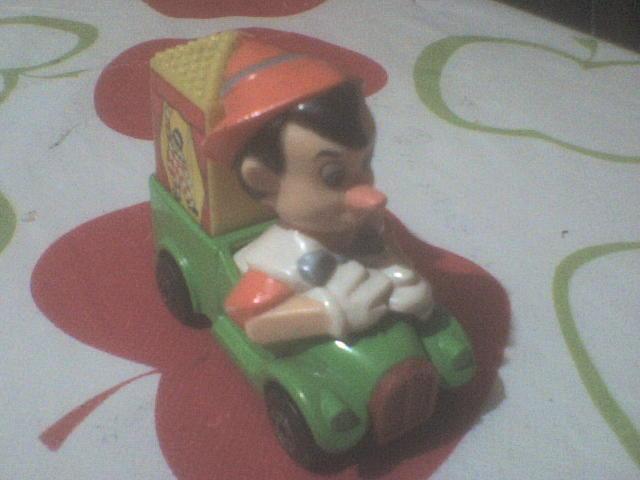 Autitos de juguete, colección para no tan niños. - Página 2 MbxDisney_zps8443e943