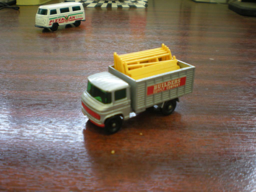 Mis Matchbox recién llegados MbxScaffoldingTruck2_zpsc801a0fb