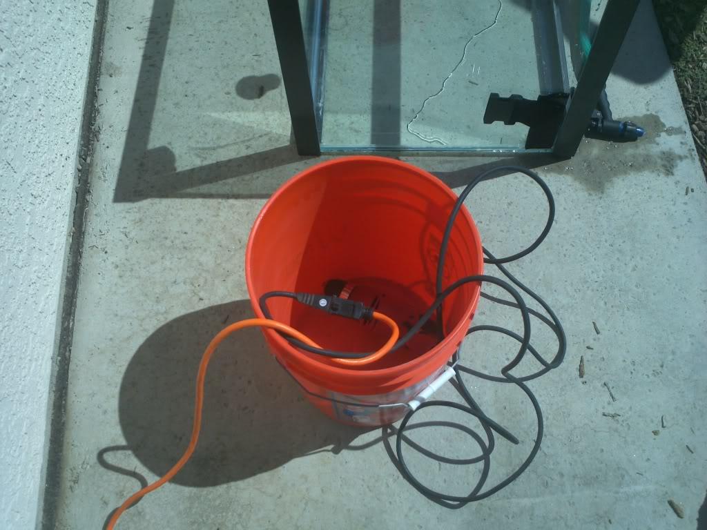 DIY Drilling a Glass Tank 2011-10-02121636
