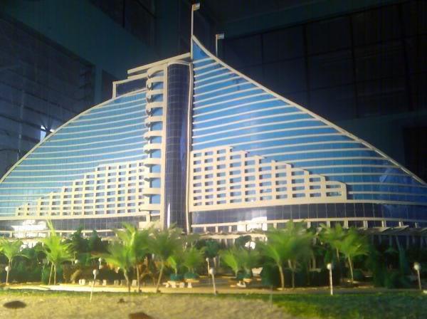jumeirah beach resort  26931_101496643219448_100000773381450_39743_6137604_n