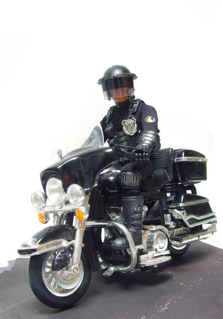 MAM Re-mix Future Bike Cop. Policebike_03_zps1deeaf91