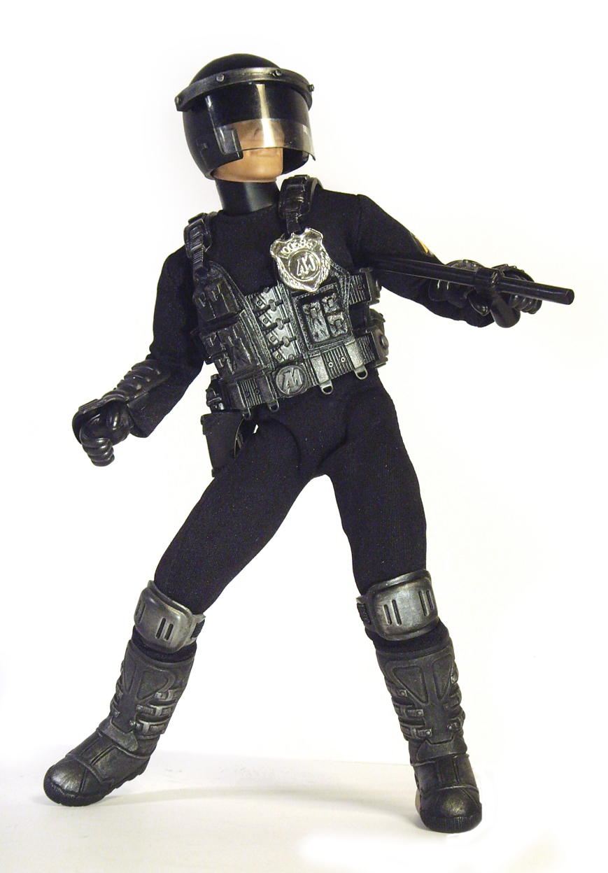 Bullet MAM and Future Cop 40000 Newdredd_zpsc6ed114d