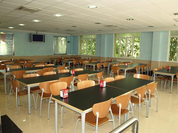 Cafetería del colegio Caf_escola