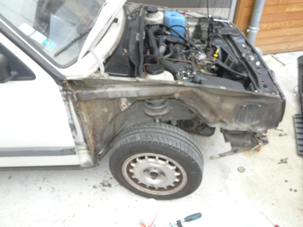 Il était une fois une GTD qui n'avait plus de haut moteur... - Page 3 P1280464