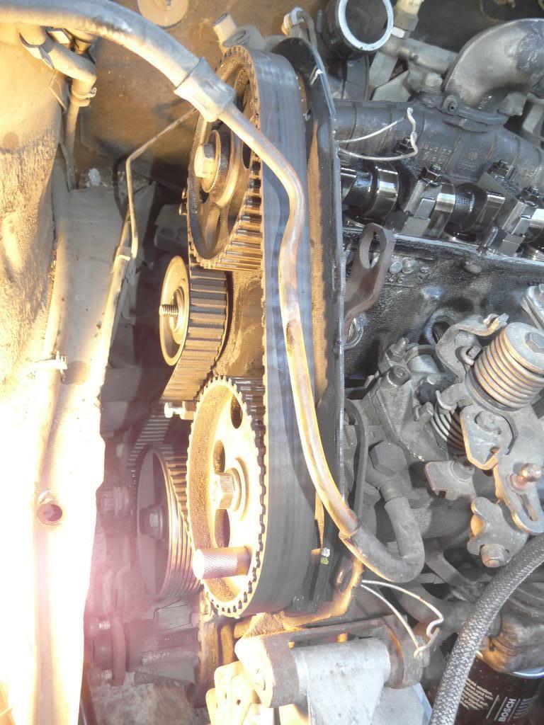 Il était une fois une GTD qui n'avait plus de haut moteur... - Page 3 P1280488