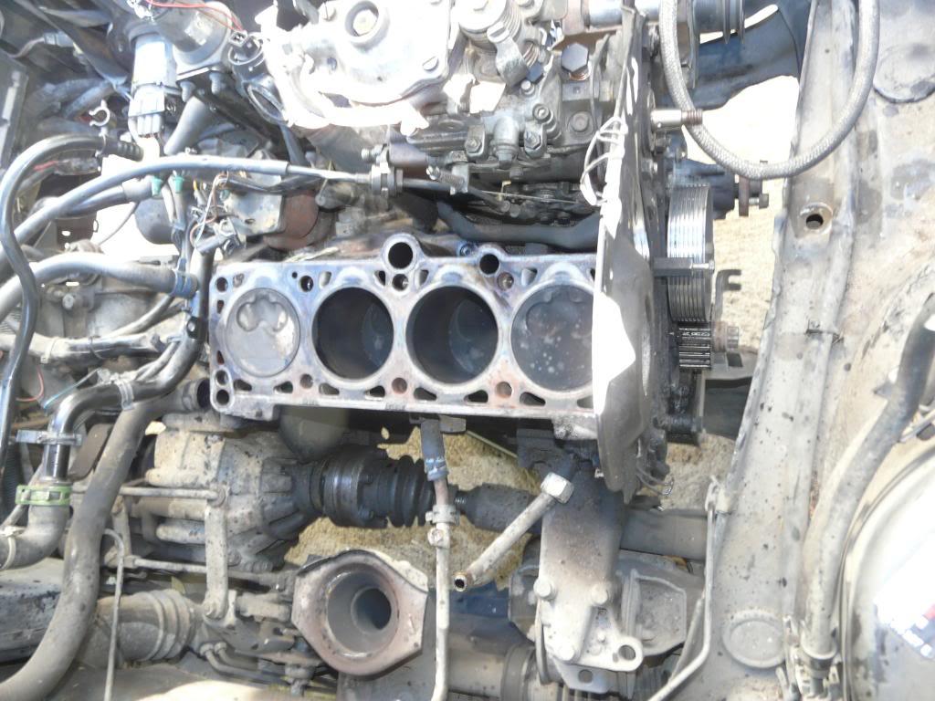 Il était une fois une GTD qui n'avait plus de haut moteur... - Page 3 P1280494