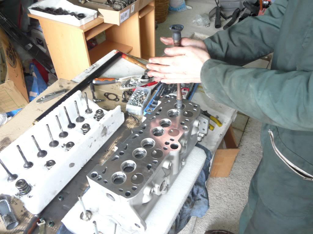 Il était une fois une GTD qui n'avait plus de haut moteur... - Page 3 P1280496