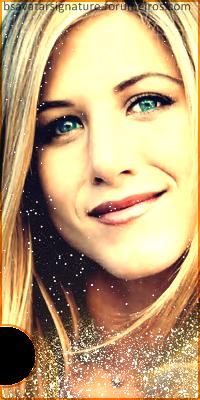 Jennifer Aniston Ava1-5