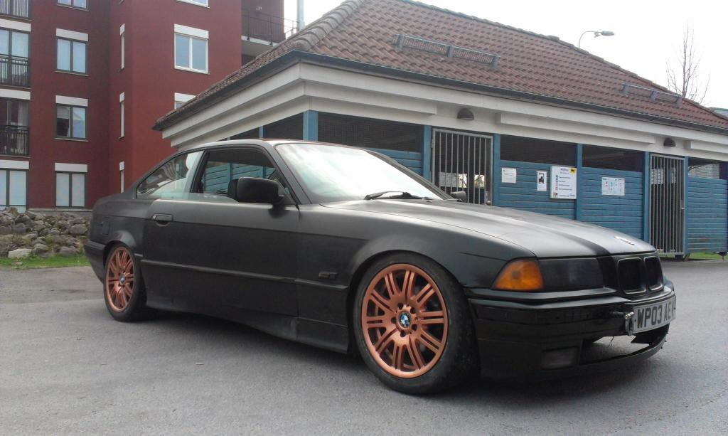 Painlake Racing - BMW E36 driftingbil. Filmdags..  10295243_776616445696358_3864756659948108751_o_zpsadcd39c2