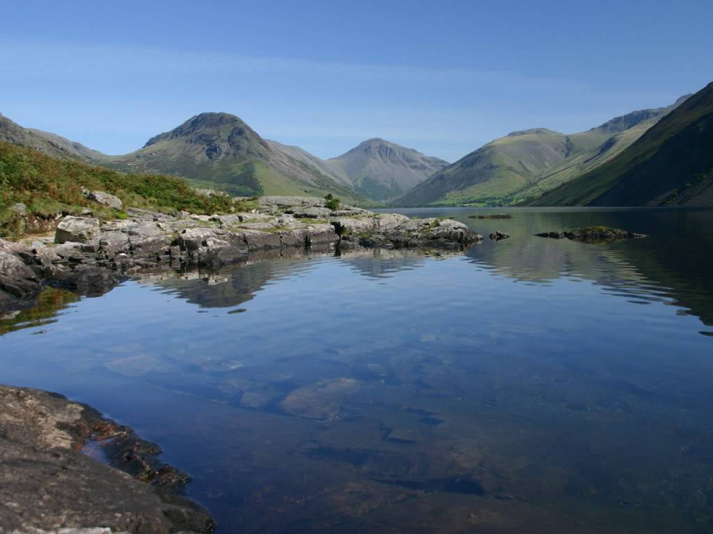 Pics of places that look like places from the films, or are just nice. - Page 2 Lake-district