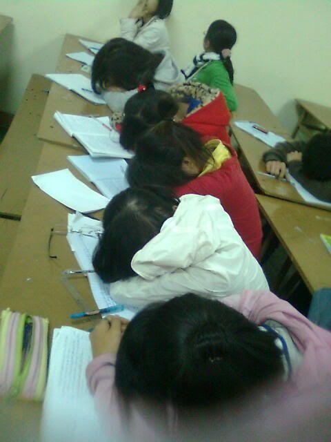 Học đi đôi với ngũ - sau những tiết học mệt mỏi Anh0669
