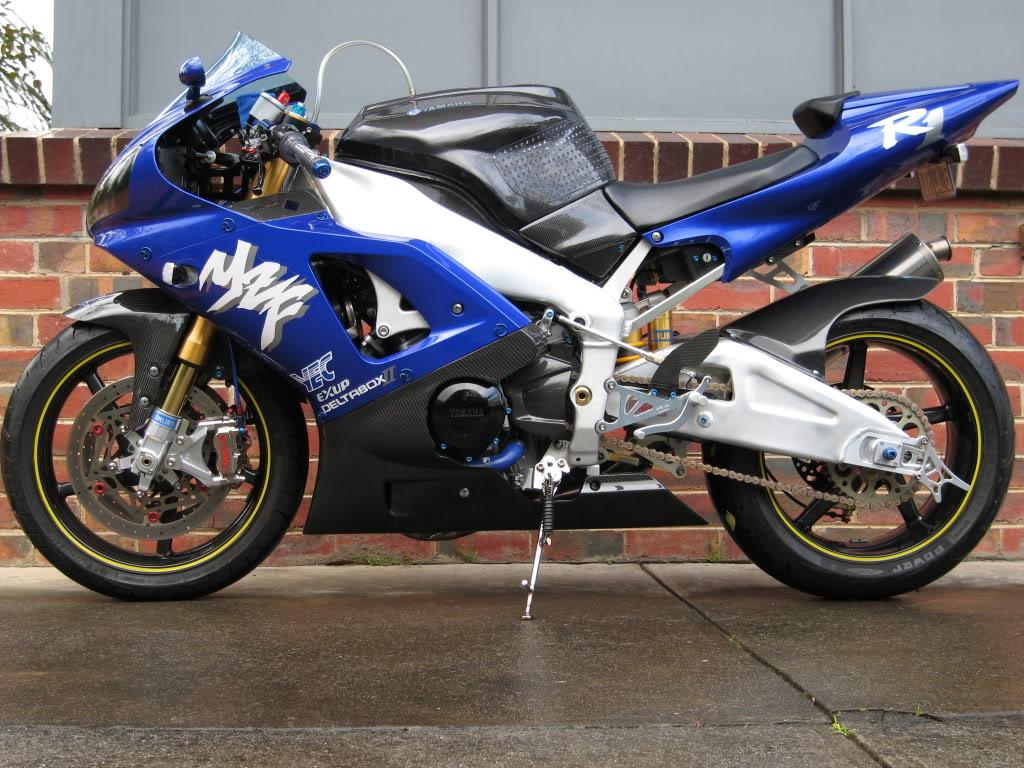 Yamaha 1000 R1 ... - Page 5 IMG_5008