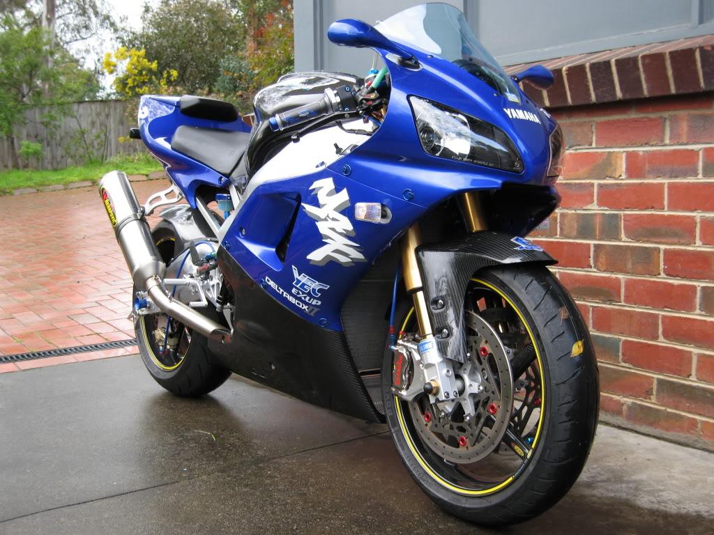 Yamaha 1000 R1 ... - Page 5 IMG_5019