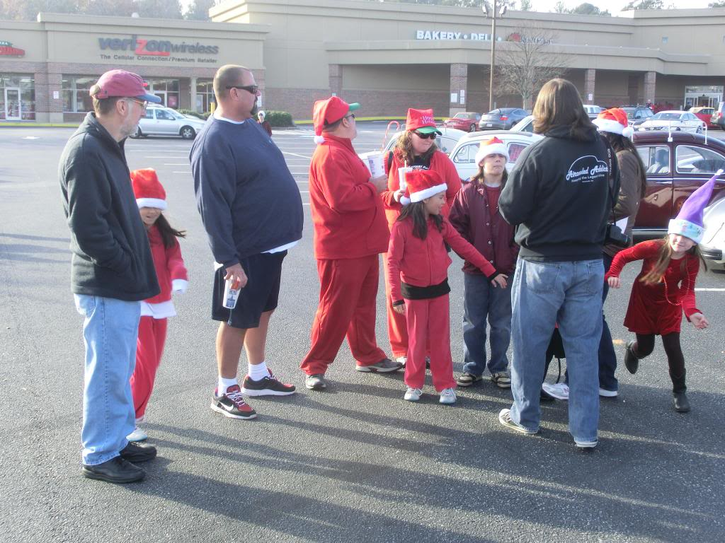 Dec 1 Watkinsville Christmas parade TODAY !!!! 2012Christmaslineup037