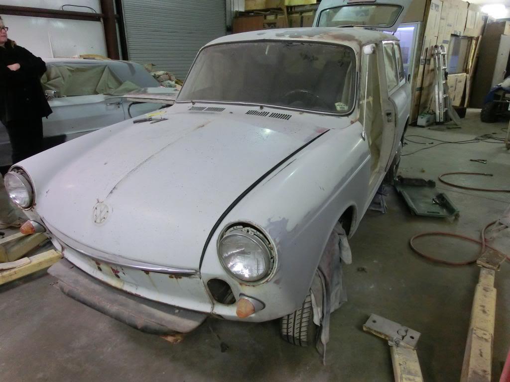 69 Squareback - the wife's car Jonsquareatshop017_zps8e5b1606