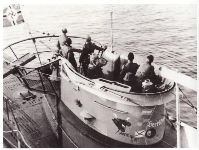 [revell] U-Boot typ VII C/41       au 1/72° U-69-Kiosqueetemblmes