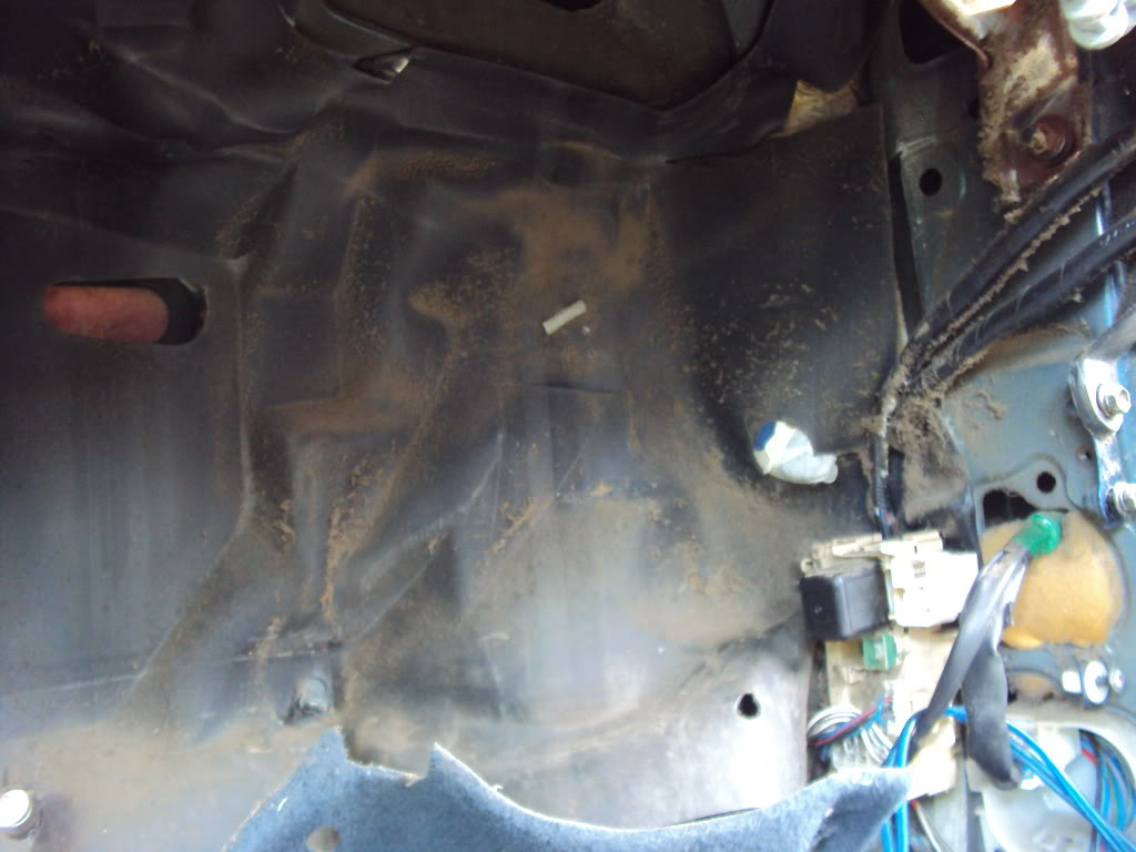 Ivan's AE101 Build Thread 4AGE 20V BT 6Spd LSD Shaved Tucked From Puerto Rico - Page 5 DSC04945