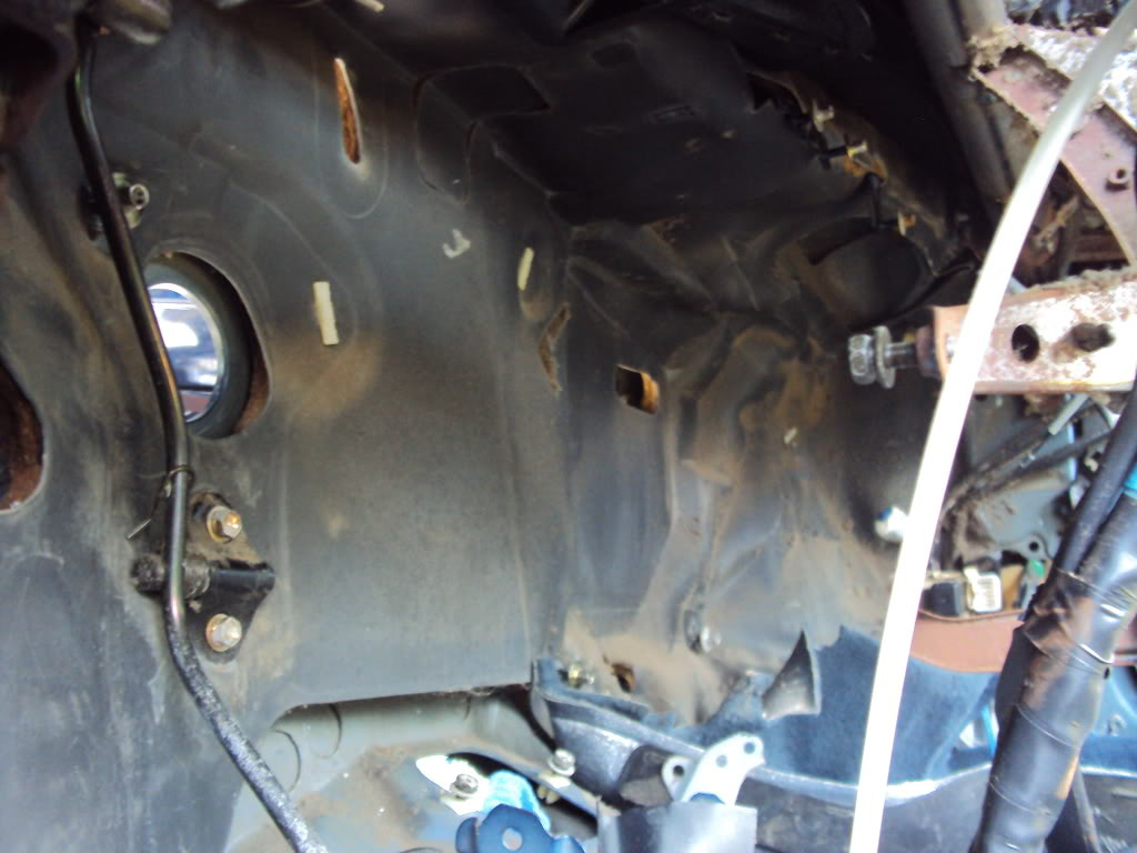 Ivan's AE101 Build Thread 4AGE 20V BT 6Spd LSD Shaved Tucked From Puerto Rico - Page 5 DSC04964