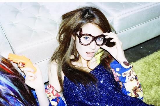 "[05/07/12] Victoria, Krystal y Sulli revelan fotos teaser de ""Electric Shock"" ZCklh"