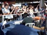 Japan Expo 2011 : 4 jours de surprises sur le stand ANIGETTER (compte-rendu & photos-vidéos) Th_Anigetter-JE2011-Miyagawa-san_13