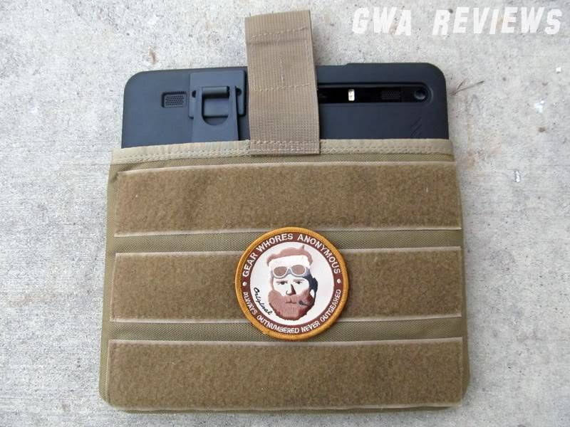 SOE Gear iPad Sleeve BackwithXoomHalf