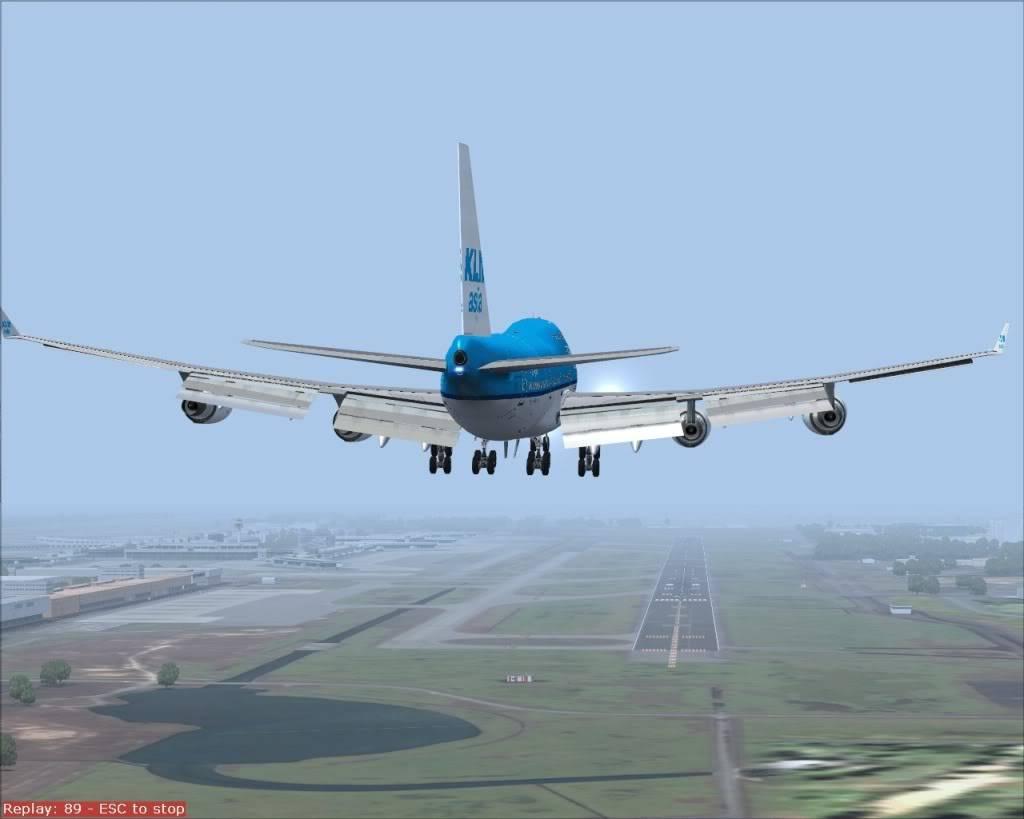 VHHH-WSSS KLM(Asia) 2392 Fs92012-08-2801-32-03-54-1
