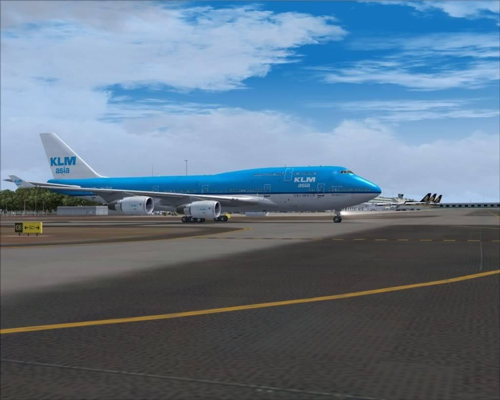 VHHH-WSSS KLM(Asia) 2392 Fs92012-08-2801-44-23-15-1