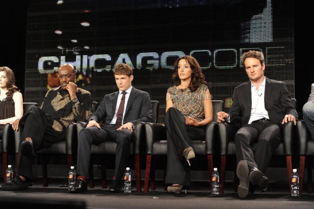 """""""The Chicago code"""" (TV serie 2011) /protagonista principal - Página 2 134396_180105502023067_120068524693432_465840_7878294_o"""