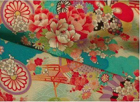 """[Tin tức] """"Áo cây cọ"""" đắt hàng tại Tokyo Tincuoituan1"""