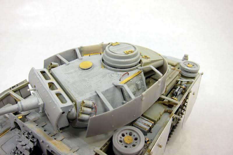 PANZER III Ausf.M/N TANK DRAGON 1:35 SCALE KIT 9015 GERMAN  IMG_0070