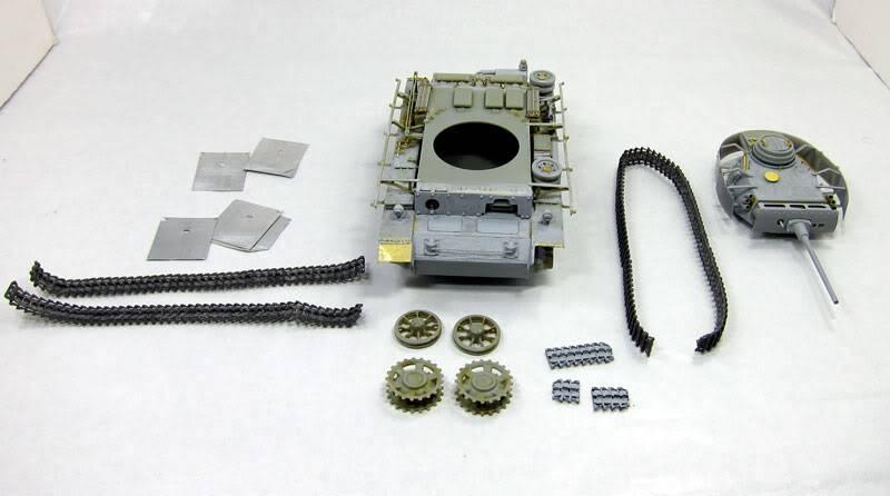 PANZER III Ausf.M/N TANK DRAGON 1:35 SCALE KIT 9015 GERMAN  IMG_0074