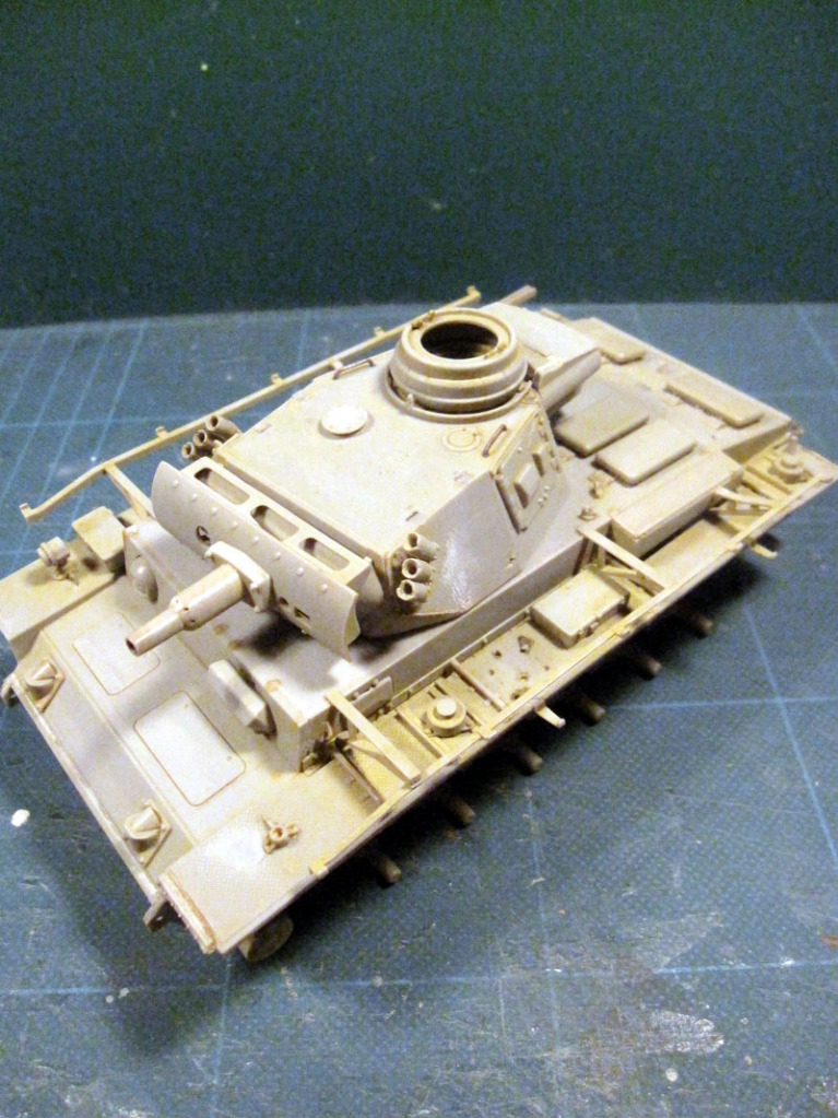 PANZER III Ausf.M/N TANK DRAGON 1:35 SCALE KIT 9015 GERMAN  IMG_0142