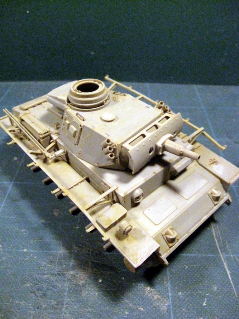PANZER III Ausf.M/N TANK DRAGON 1:35 SCALE KIT 9015 GERMAN  IMG_0143
