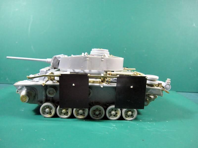 PANZER III Ausf.M/N TANK DRAGON 1:35 SCALE KIT 9015 GERMAN  IMG_1043