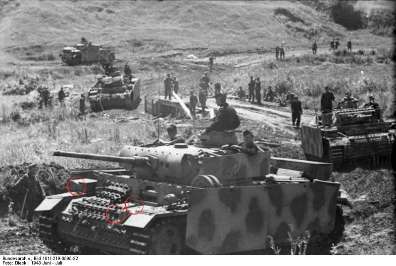 PANZER III Ausf.M/N TANK DRAGON 1:35 SCALE KIT 9015 GERMAN  Untitled-1