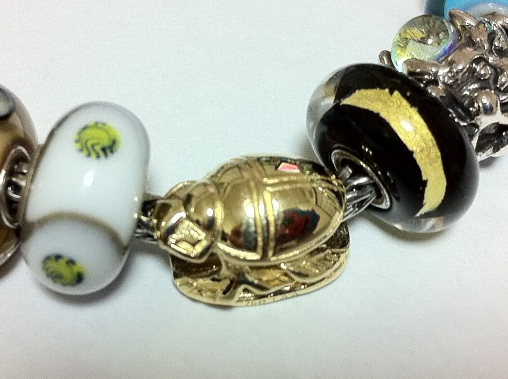 Gold Scarab Fb66f9b5