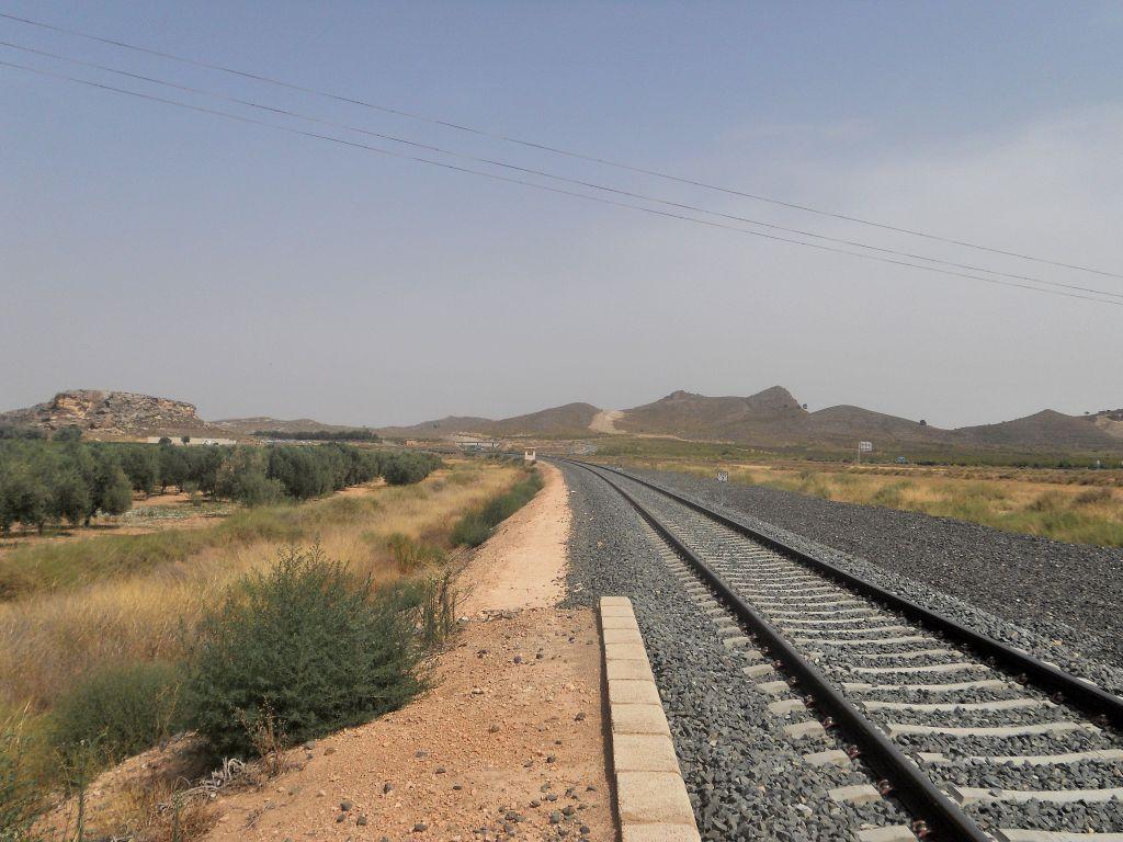 Línea Alcázar de San Juan-Chinchilla-Alicante/Valencia/Cartagena DSCN5303