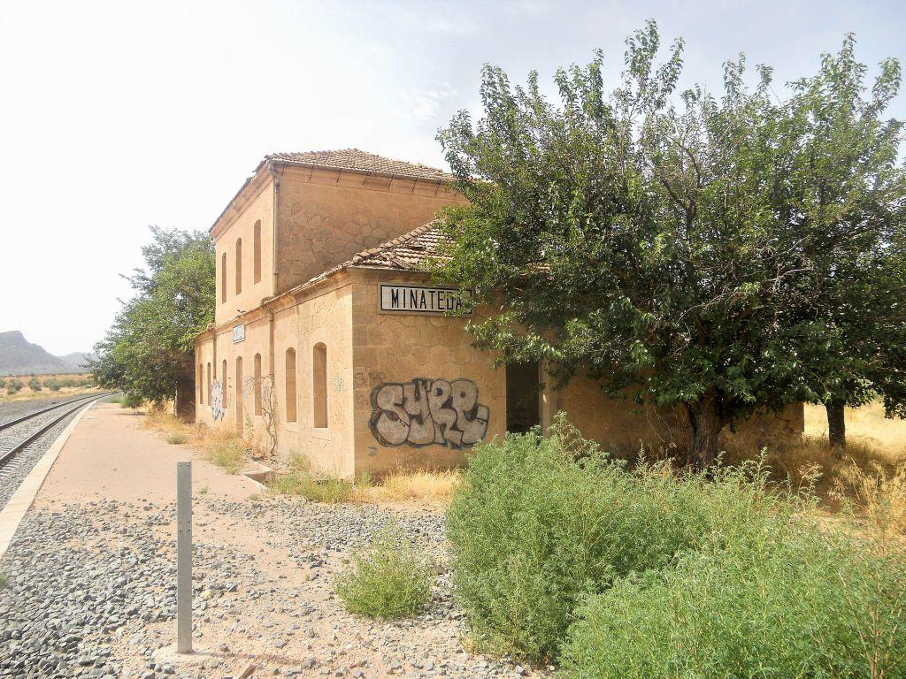 Línea Alcázar de San Juan-Chinchilla-Alicante/Valencia/Cartagena DSCN5304