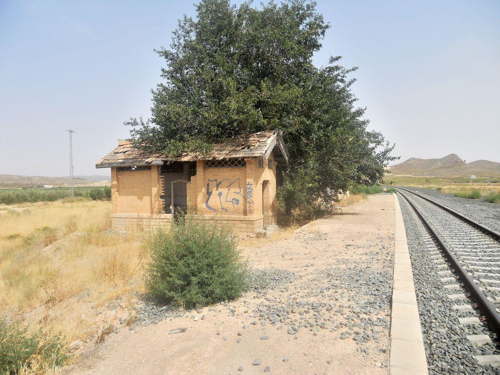 Línea Alcázar de San Juan-Chinchilla-Alicante/Valencia/Cartagena DSCN5306