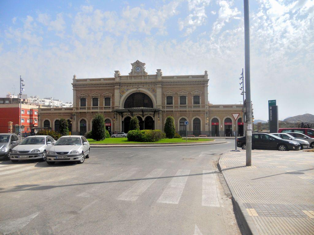 Línea Alcázar de San Juan-Chinchilla-Alicante/Valencia/Cartagena DSCN5322