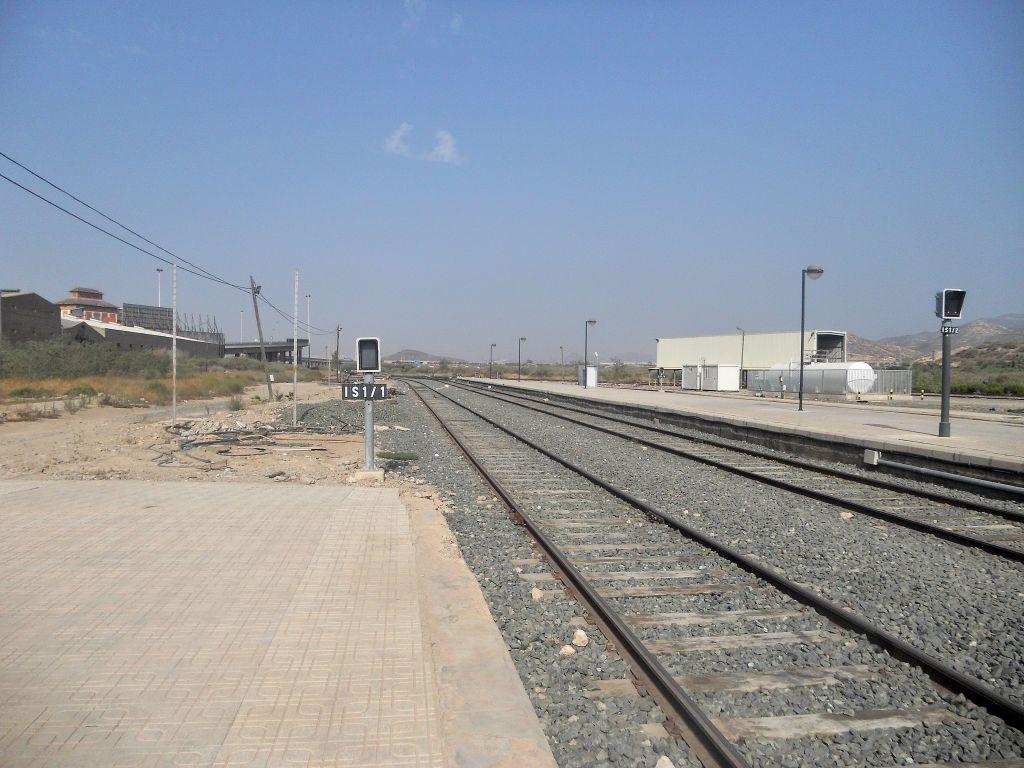 Línea Alcázar de San Juan-Chinchilla-Alicante/Valencia/Cartagena DSCN5402