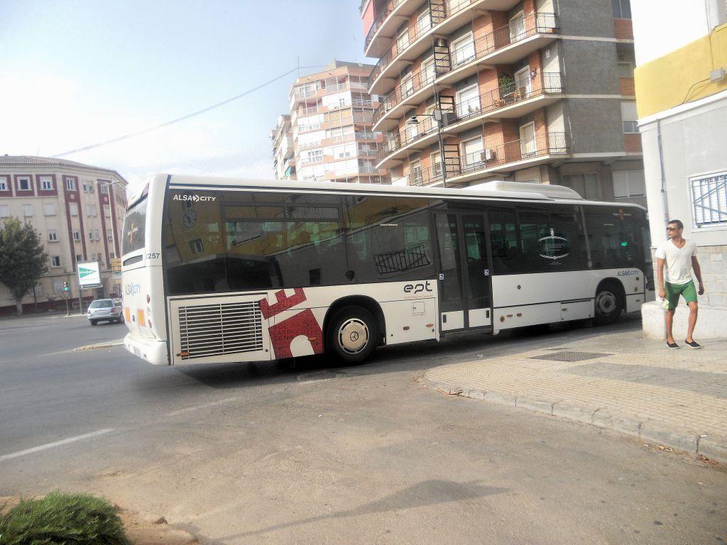 Servicios Urbanos e Interurbanos en la provincia de Murcia DSCN5407