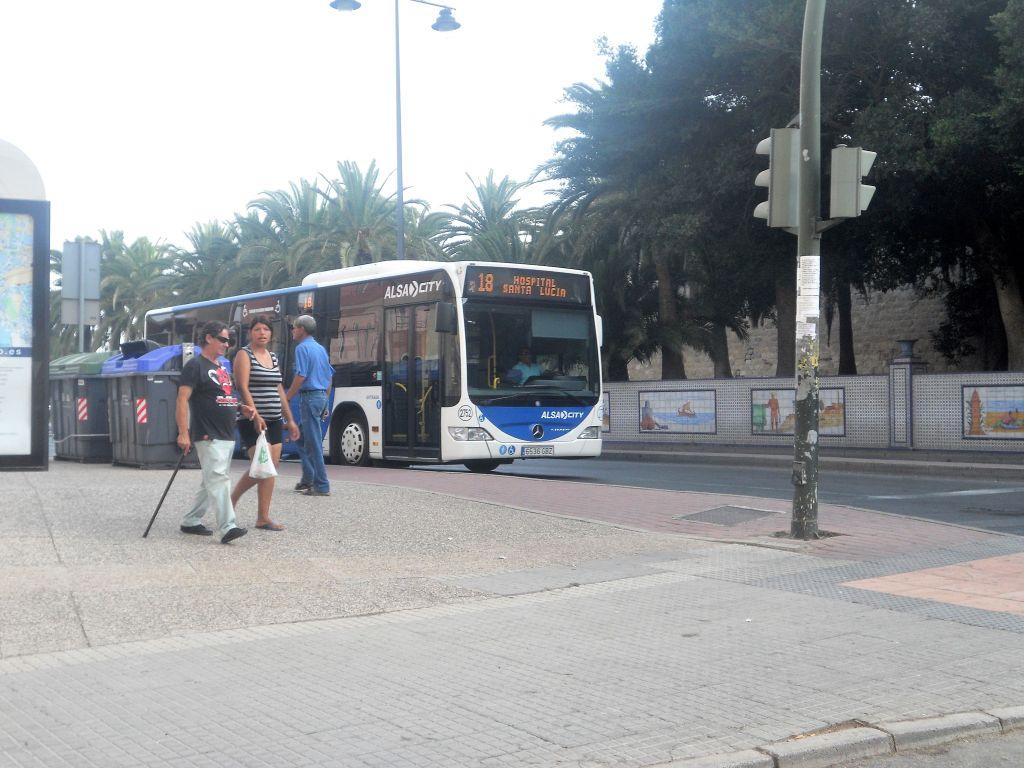 Servicios Urbanos e Interurbanos en la provincia de Murcia DSCN5408