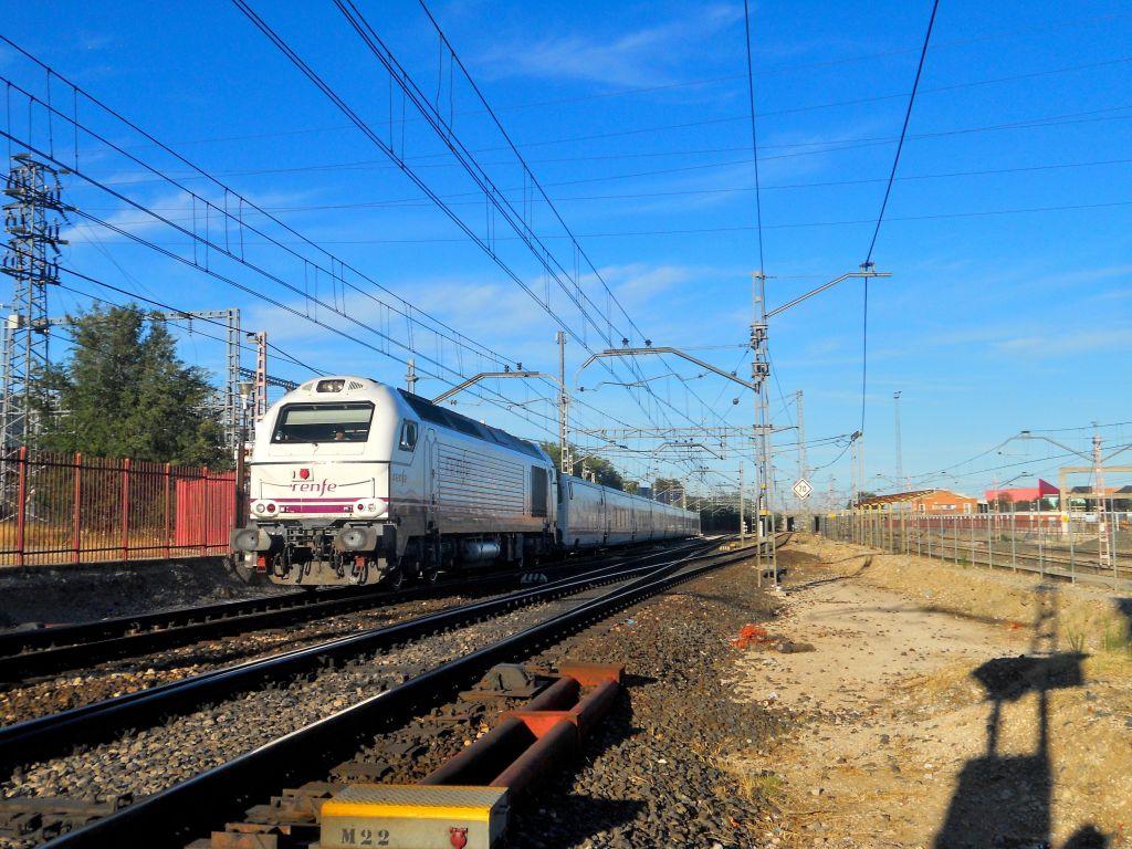 Línea Madrid-Alcázar de San Juan-Manzanares-Córdoba-Sevilla-Cádiz DSCN5591