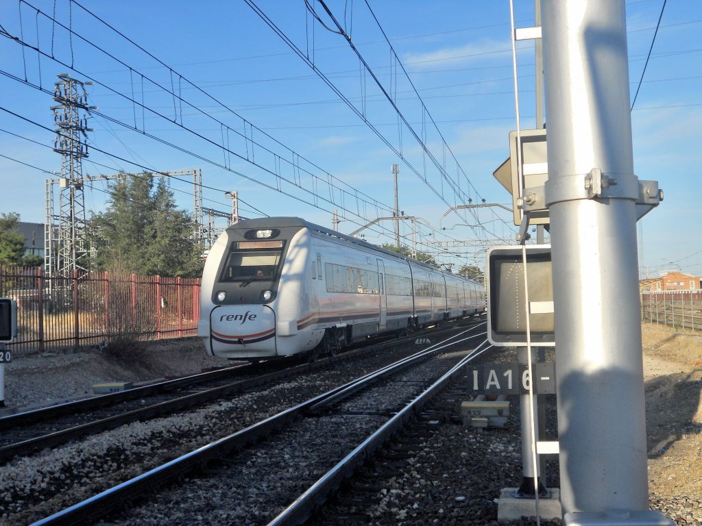 Línea Madrid-Alcázar de San Juan-Manzanares-Córdoba-Sevilla-Cádiz DSCN5594
